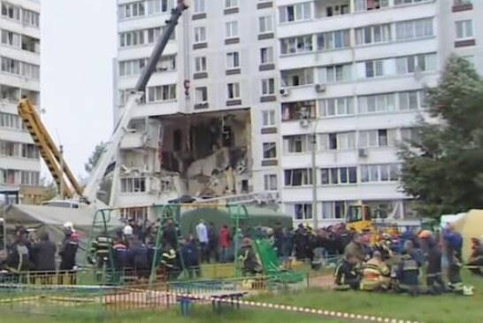 «Бросай за диван!»: малышки чудом выжили при взрыве дома в Ногинске